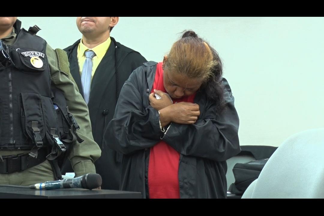 Júri condena mãe a 80 anos de prisão por matar dois filhos